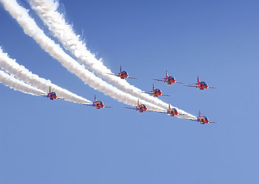 Red_Arrows_Radom_2009_t