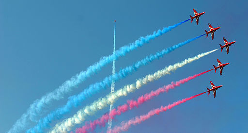 Red_Arrows_RIAT_2005